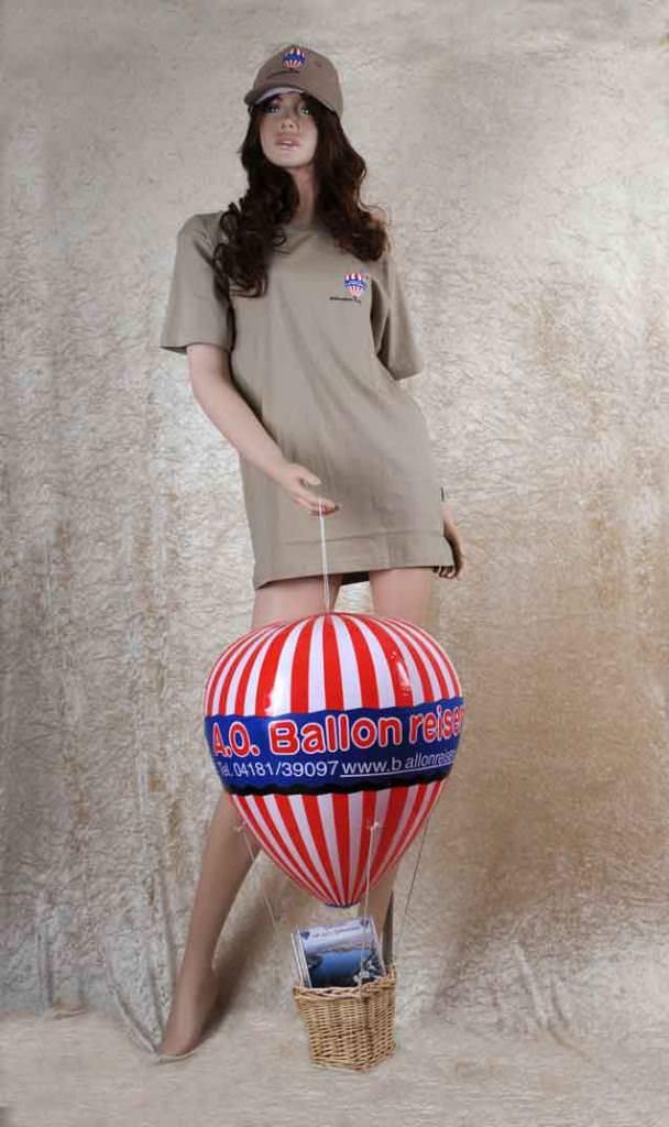 Sabrina mit Vollausstattung 608x1024 Polohemden, T Shirts, Kappen