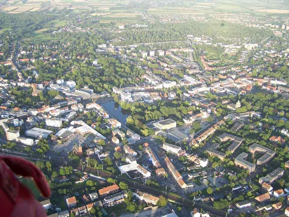 Ballonfahrt Neumünster - Blick auf die Stadt