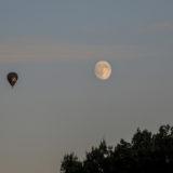 unser Ballon neben dem Mond