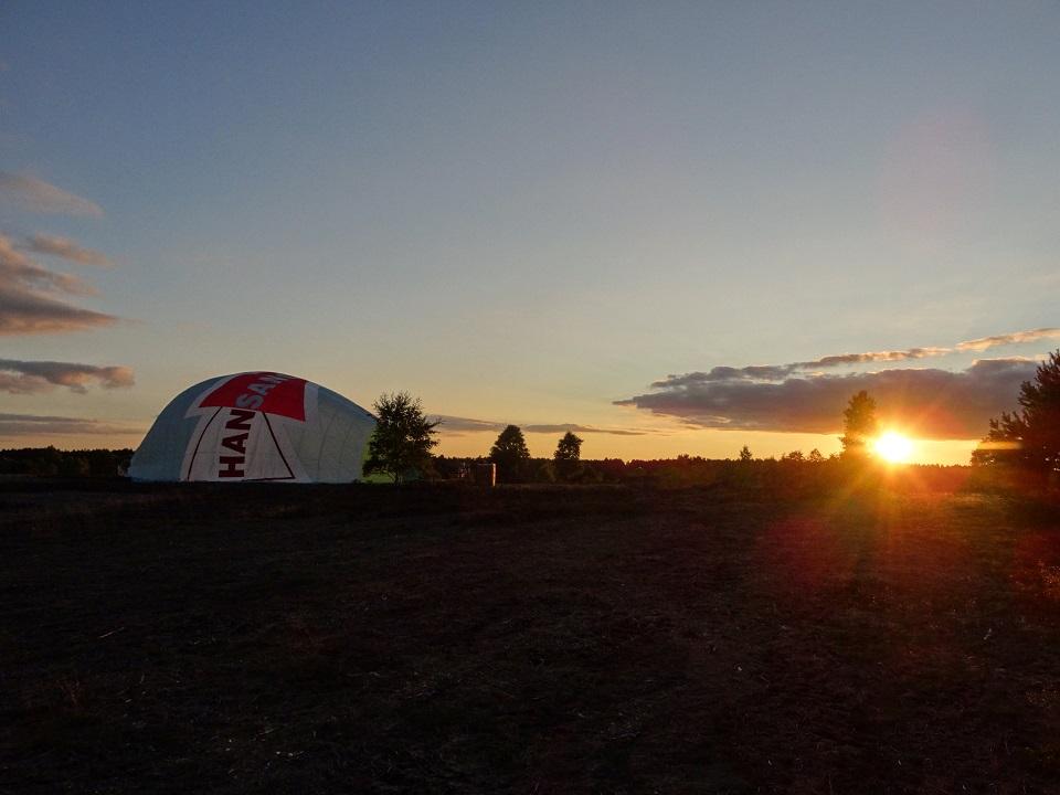 Ballonfahrt Lüneburger Heide - nach der Landung am Rand der Heide