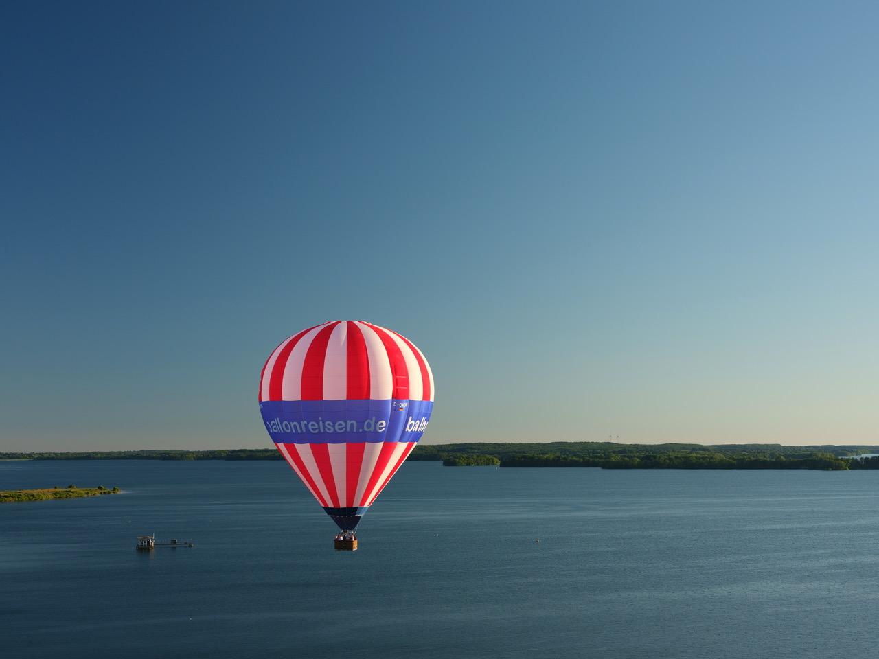Ballonfahrt Holsteinischen Schweiz, ueber Grosser Ploener See