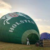 der Holsten-Ballon beim Start im Morgendunst